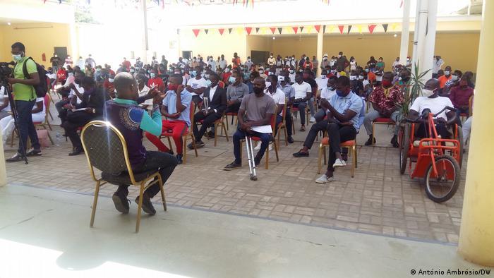 Angola Lehrer streiken in Bengo