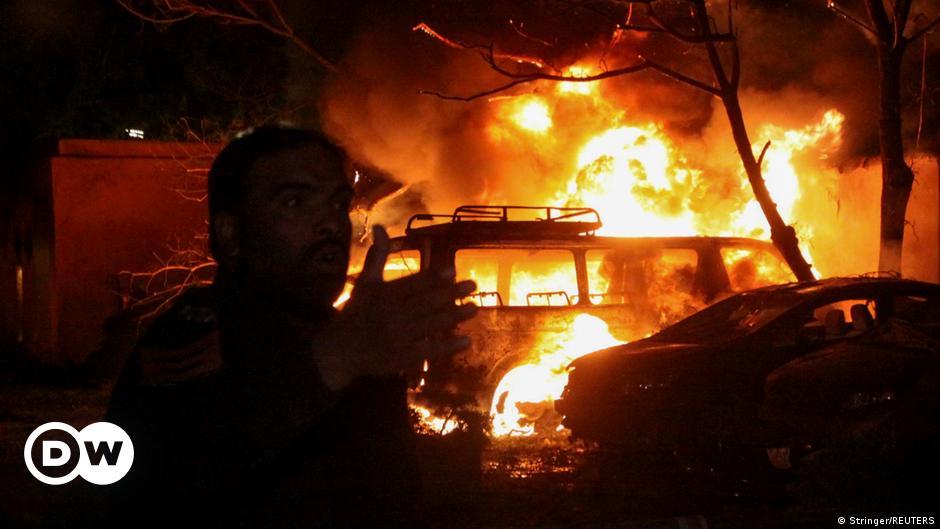 Schwere Explosion vor Luxushotel in Pakistan