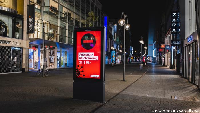 Deutschland Coronavirus l Nächtliche Ausgangssperre in Köln