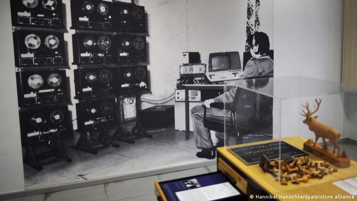 صورة من متحف تمت إقامته في مقر الشتازي في برلين