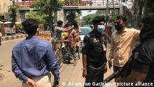 Bangladesch Coronavirus l Polizeikontrolle in Dhaka