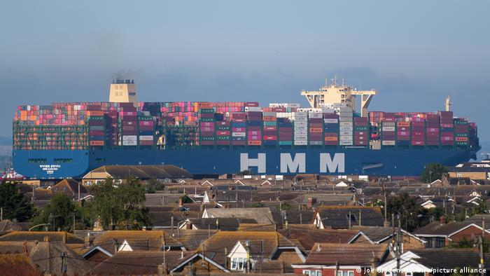 The world's largest container ship the HMM Algeciras