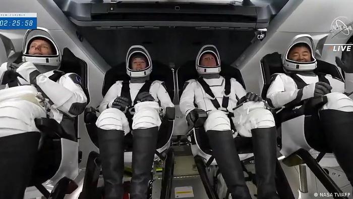 Миссия Crew Dragon-2