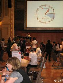 speed dating im deutschunterricht This was my first time speed-dating the lounge had a very good vibe, as did the girls at the event thank you for putting together a wonderful new event for lesbians to meet.