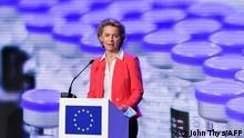 Голова Єврокомісії Урсула фон дер Ляєн на заводі Pfizer в Бельгії