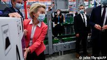 Belgien Ursula von der Leyen bei Pfizer in Puurs