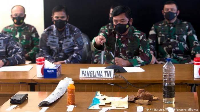 Indonesien U-Boot-Suche | Hadi Tjahjanto erklärt die gefundenen Gegenstände