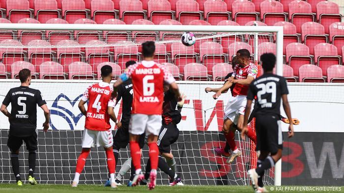 Fußball Bundesliga | Mainz v Bayern München Tor 2:0
