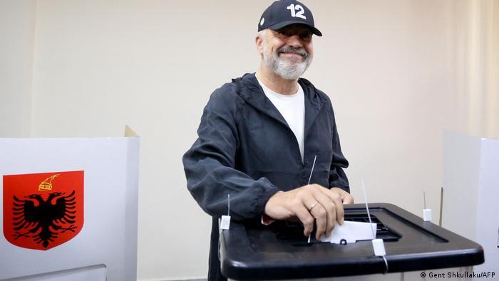 Albanien Tirana |Wahl 2021 |Stimmabgabe Edi Rama