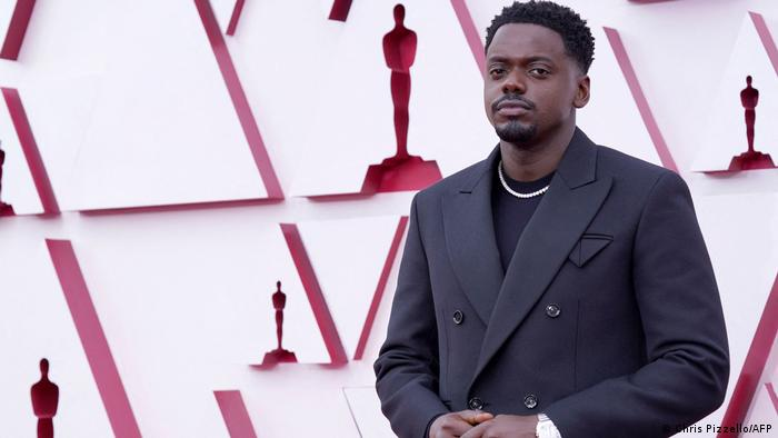 Daniel Kaluuya at the opening of the 2021 Oscars.