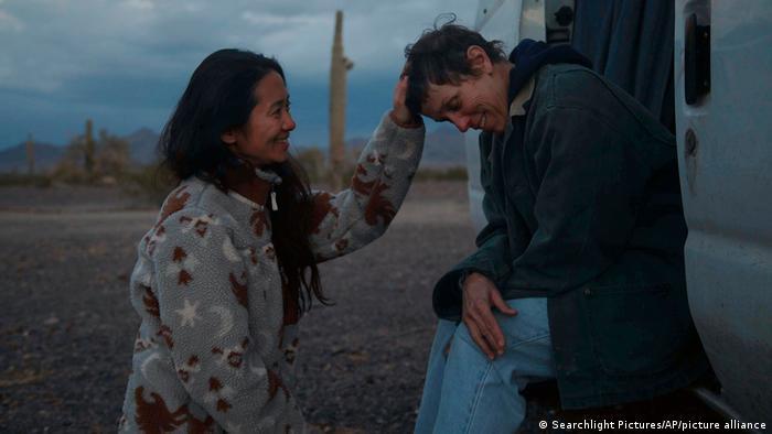 赵婷获奖无数的电影《无依之地》(Nomadland)在中国的上映计划流产了