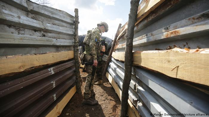 Українські військові на Донбасі (архівне фото)