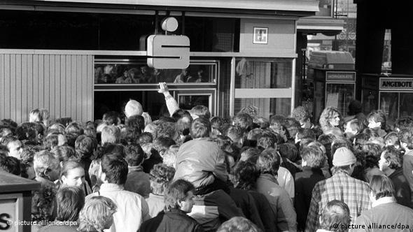 Währungsunion DDR und BRD 1990 Flash-Galerie