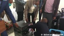 Äthiopien erhält zwei Angebote für den Einstieg in den neu gestalteten Telekommunikationssektor