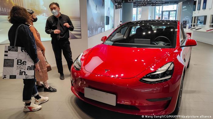 China I Tesla-Store in Shanghai