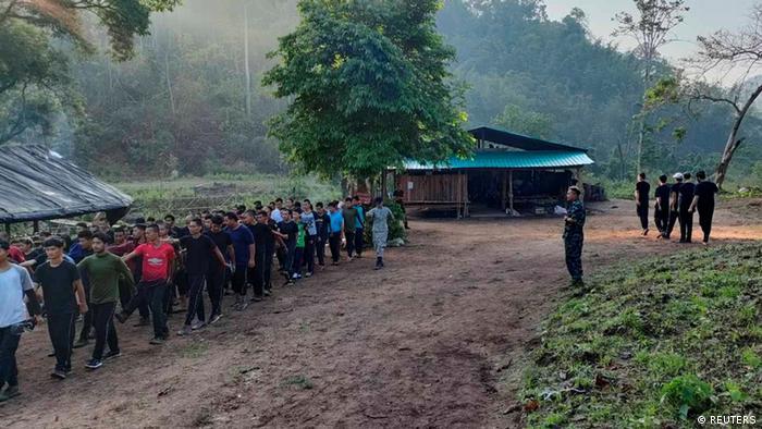 پیوستن شماری از معترضان میانمار به نیروی مسلح اتحادیه ملی کارن