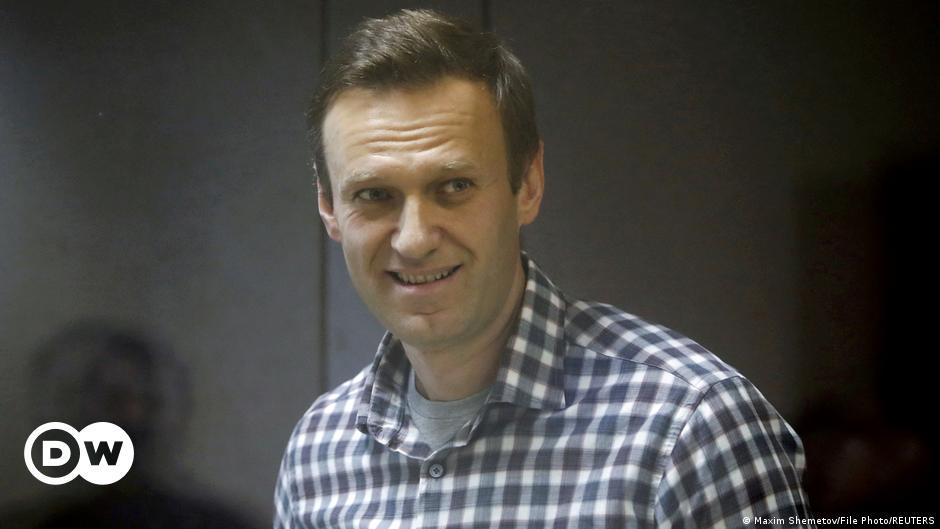 Kremlin critic Alexei Navalny wins 2021 Sakharov Prize