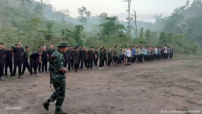 TABLEAU |Myanmar |nach Militärputsch | Training Karen National Union (KNU)