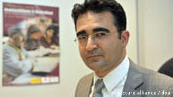 Dr. Rauf Ceylan