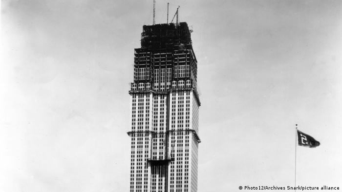 A 1930 photo shows the Empire State Building under construction.