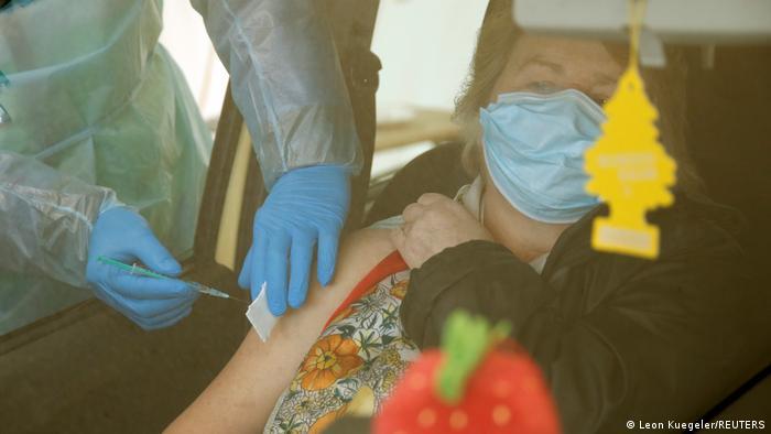 Weltspiegel 28.04.21 | Deutschland, Impfung im Drive-In | Tableau