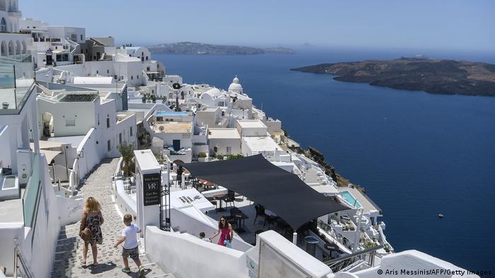 Słońce, białe domy, wyspy - witamy w Grecji
