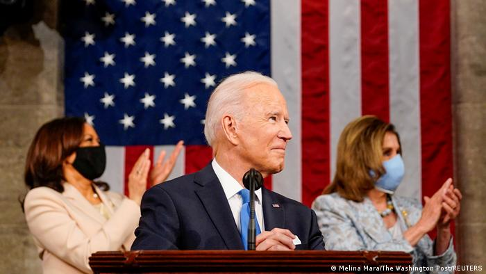 Joe Biden, Kamala Harris e Nancy Pelosi no discurso ao Congresso do presidente