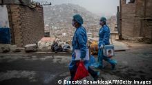 Weltspiegel 29.04.21 | Peru Coronavirus Impfteams| Tableau
