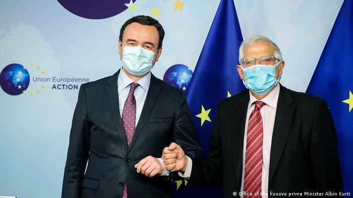Josep Borrell und Albin Kurti