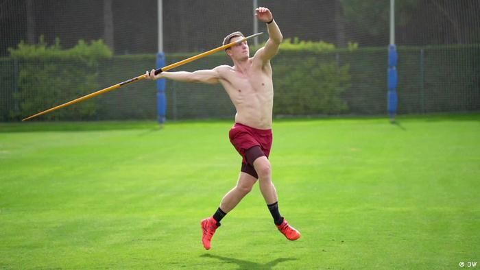 Tomas Reler sprema se za Olmpijske igre u Tokiju. Rođen je 20.09.1991. u Jeni. Olimpijsko zlato (90,30 metara) je osvojio 2016. u Brazilu, a evropsko (89,47 metara) 2018. u Berlinu.