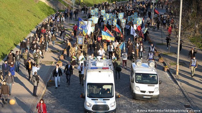 Марш на відзначення дивізії СС Галичина 28 квітня у Києві