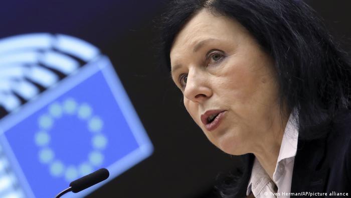 EU Parlament I y Vera Jourova