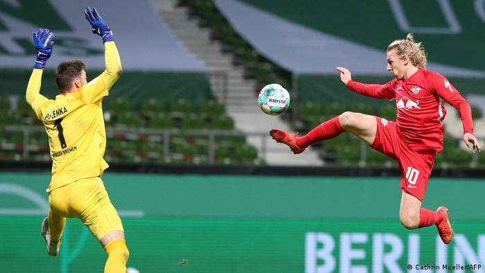 El gol de último minuto de Emile Forsberg permite al Leipzig jugar la segunda final en tres años