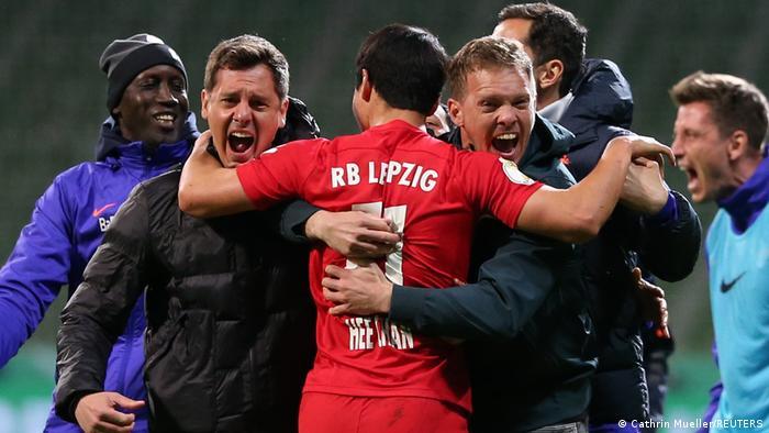 فرحة مدرب لايبزيغ يوليان ناغلسمان بالفوز على فيردر بريمن والصعود إلى نهائي كأس ألمانيا (30/4/2021)