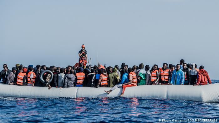 SOS MEDITERRANEE   Rettungsaktion Ocean Viking
