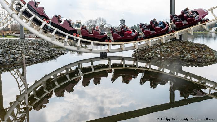 Imagen del parque de atracciones Heide Park en Soltau (Baja Sajonia), abierto desde el pasado primero de mayo con las correspondientes medidas sanitarias.