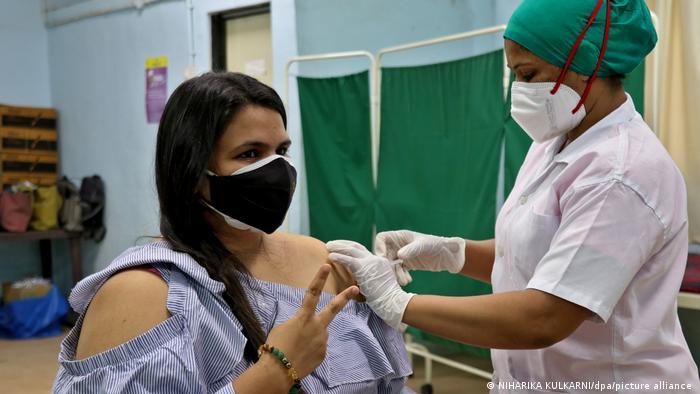 Indien Corona Hilfslieferungen Impfung