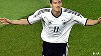 7d61aded6 Star striker Miroslav Klose lends his support for good causes