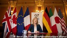 Großbritannien Liz Truss G7 Videokonferenz