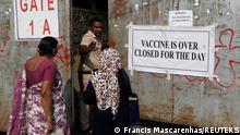 Indien Corona-Pandemie | Impfzentrum in Mumbai
