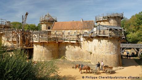 Frankreich Mittelalterliche Burg Guédelon