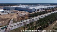 Deutschland Grünheide | Baustelle Tesla Gigafactory