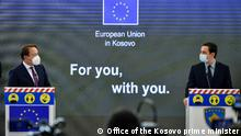 Kosovo Pristina   Pressekonferenz Oliver Varhelyi und Albin Kurti