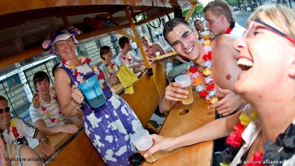 BierBike Fahrrad Berlin Fußball Fans Flash-Galerie Bier Alkohol