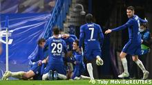 Soccer Football - Champions League - Semi Final Second Leg - Chelsea v Real Madrid - Stamford Bridge, London, Britain - May 5, 2021 Chelsea's Mason Mount celebrates scoring their second goal with teammates REUTERS/Toby Melville