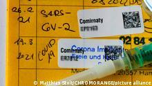 Deutschland | Impfpass mit Corona-Impfung