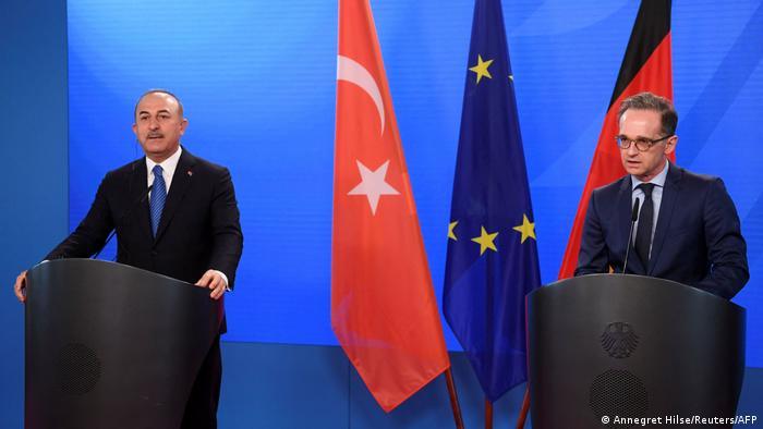 Maas: Türkiye'ye silah satışı kısıtlaması sürecek