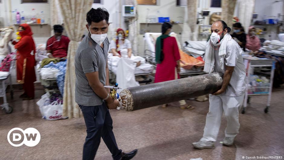 ভারতে আবার অক্সিজেন না পেয়ে ১১ করোনা রোগীর মৃত্যু