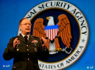 U.S. Army Lt. Gen. Keith Alexander, director of the National Security Agency, speaks at the RSA security convention in San Francisco, Tuesday, April 21, 2009. (AP Photo/Jeff Chiu)