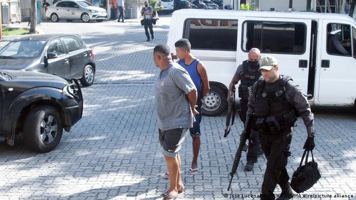 Police arresting suspects in Rio de Janeiro